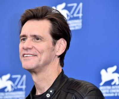 Jim Carrey continues to attack Mark Zuckerberg with a drawing of him as an alien who's come to destroy Earth