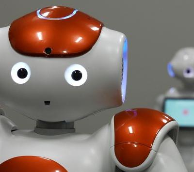 UTA Using Robots, Shakespeare to Study Ways to Address Loneliness