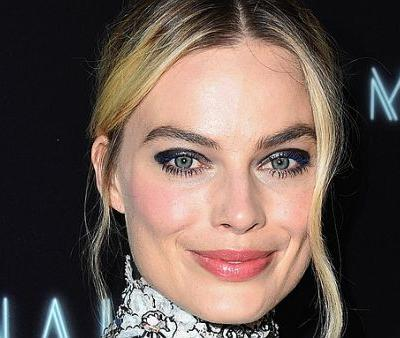 Margot Robbie's Nutritionist Reveals Her Trick for Reducing Belly Fat