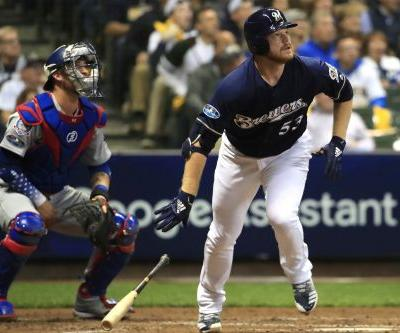 Reliever's monstrous HR propels Brewers past Dodgers, Kershaw