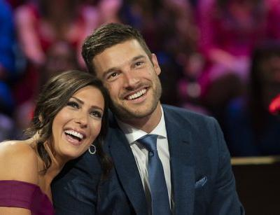 LOL! 'Bachelorette' Becca Kufrin Looks Just Like Garrett's Sister And Fans Are Buggin'!