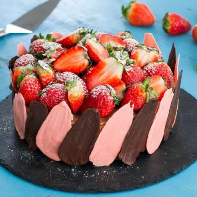 Brownie Strawberry Chocolate Cheese