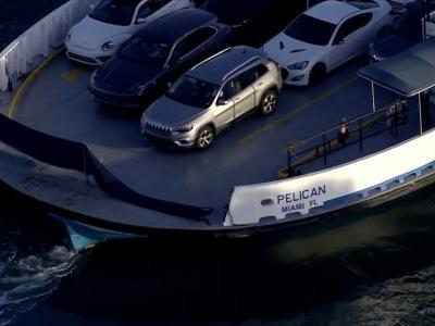 2 women killed when car plunges from Florida ferry