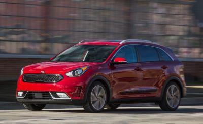 2017 Kia Niro Tested: The Anti-Prius
