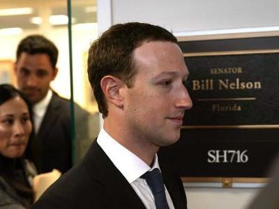 A top Democratic senator met with Mark Zuckerberg for an hour and came away more pessimistic