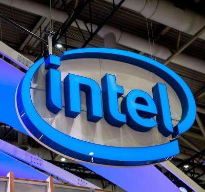 Intel jumps on report it could speed up production of its 10-nanometer chips