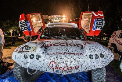 Just For Cities? Acciona Proves Electric Car Stereotypes Wrong By Completing Dakar Rally - The World's Most Demanding Race