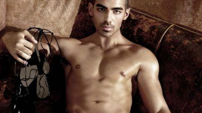 Joe Jonas Strips Naked for His Hottest Photo Shoot Ever