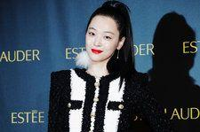 Sulli's History on the Billboard Charts, From 'Electric Shock' to 'Goblin'