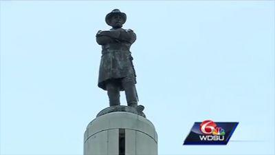 Last Confederate statue removed in New Orleans