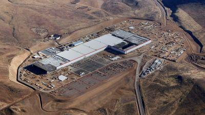 Tesla Will Make Electric Motors for the Model 3 at Its Massive Gigafactory
