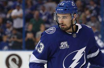 Lightning re-sign forward Cedric Paquette to one-year contract