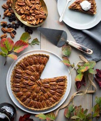 No corn syrup maple pecan tart