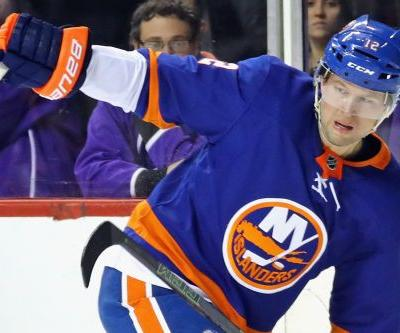 Josh Bailey picks up right where he left off in Islanders return
