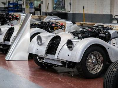 Why The New Aluminium Frame Morgans Use Even More Wood