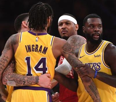 Carmelo Anthony says Rajon Rondo spit in Chris Paul's face, igniting Lakers-Rockets brawl