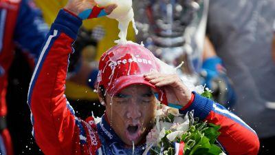 Sato holds off Castroneves to win Indianapolis 500