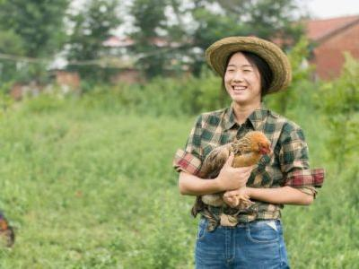 Dreaming Of Quitting Life & Moving To A Farm? Six Things You Should Know First