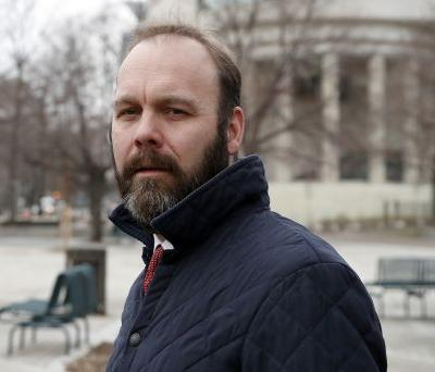 Former Trump campaign aide Rick Gates expected to plead guilty in Russia probe