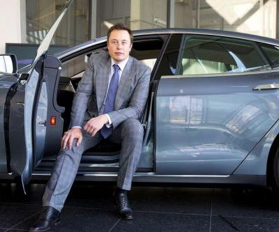 Elon Musk's Net Worth Rose $1.4 Billion USD From a Single Tweet