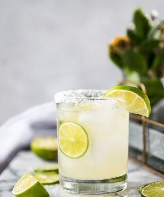 14 Easy Summer Cocktails-Plus, the 1 Trick That Makes Them Taste Incredible