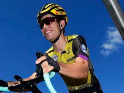 Tour de France 2019: Wout van Aert claims stage win as Julian Alaphilippe sees rivals suffer
