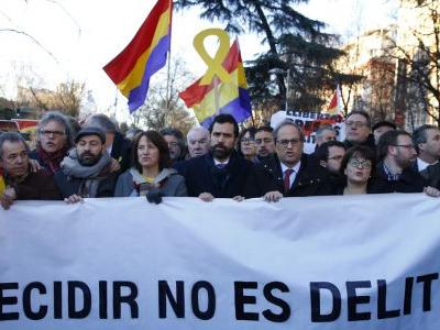 Trial of Catalan separatists begins in Madrid amid protests