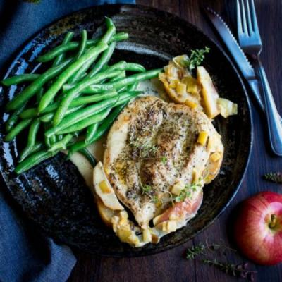 Skillet Creamy Chicken with Apples
