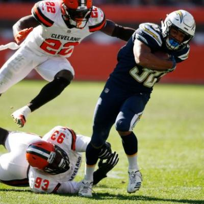 Grounded: Mayfield, Browns thumped in 38-14 loss to Chargers
