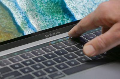 Consumer Reports now recommends the MacBook Pro after a software fix