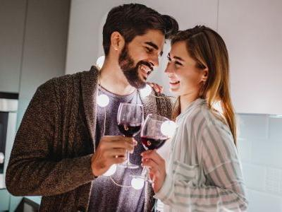 10 At-Home Date Ideas For A Leo Partner That Are Extra Special