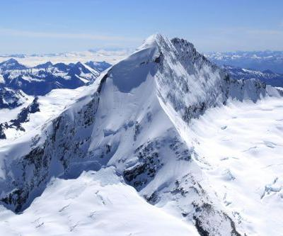 Soldier rescued after surviving week on New Zealand mountain