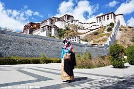 Over 23 million tourists visited Tibet in 2016