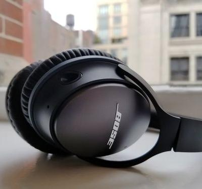 Bose's popular noise-cancelling headphones are an excellent value right now