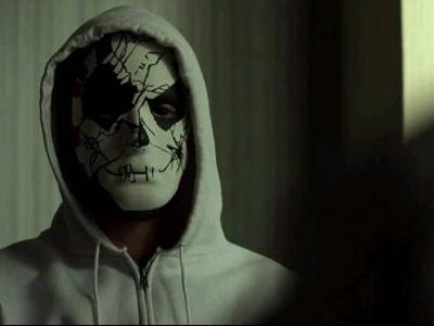 Who gave fancy mask to Billy Russo?