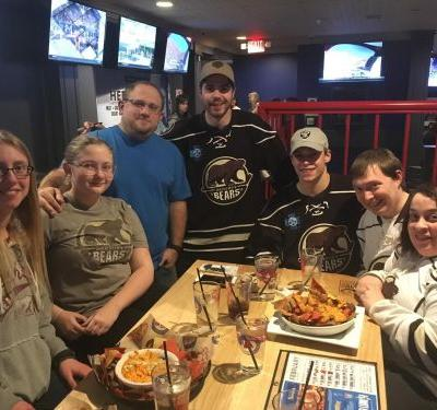 Arooga's Grille House & Sports Bar and Hershey Bears Raise More Than $8500 for 'Running for Rachel'