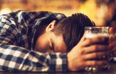 Being Sleepy Can Make You Feel More Drunk