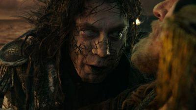 Captain Salazar Confronts Jack Sparrow in Pirates of the Caribbean 5 Clip
