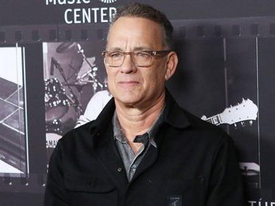 Tom Hanks to Play Elvis Presley's Manager in Baz Luhrmann's Biopic