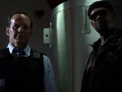 Captain Marvel Actor Teases First Meeting Between Coulson & Fury