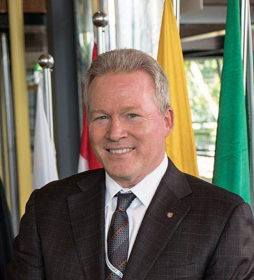 New Windstar President Hosts 7-day Costa Rica and Panama Canal Cruise
