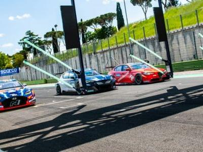 Pure ETCR Is Creating The World's Most Powerful Touring Car Championship