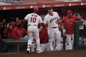 Angels snap 5-game skid, blast Dodgers 9-2 in Freeway Series