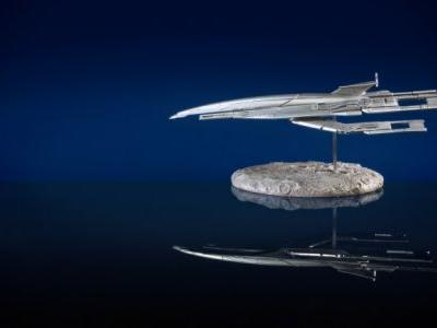 Mass Effect Fans Can Get A Limited-Edition Silver Variant Of The Sold-Out Normandy SR-1 Replica