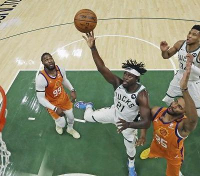 Back in Phoenix, back to even: Suns, Bucks ready for Game 5