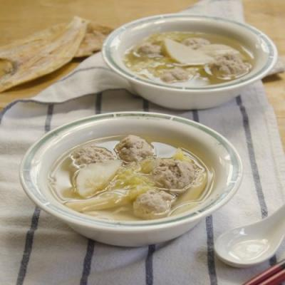 Homemade Meatball With Cabbage Soup