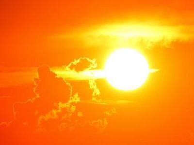What's the difference between heat stroke and heat exhaustion?