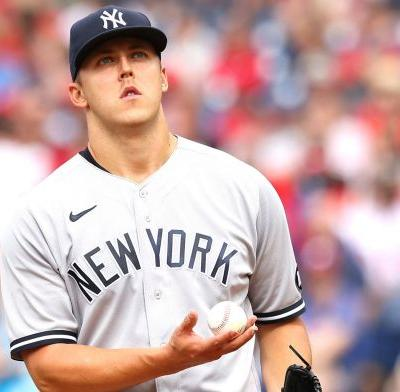 Yankees' furious comeback falls short in 10-inning loss to Phillies