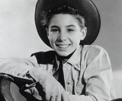 Johnny Crawford, 'Mickey Mouse Club' and 'Rifleman' Actor, Dies at 75