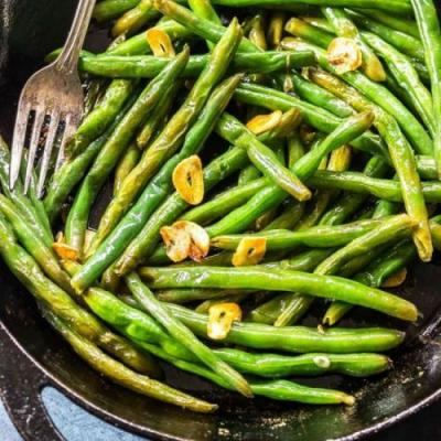 Easy Garlic Butter Green Beans